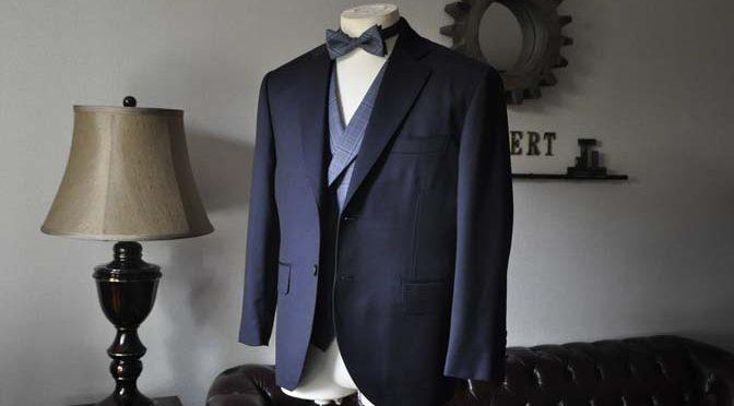 お客様のウエディング衣装の紹介-Biellesi ネイビースーツ ネイビーチェックベスト-