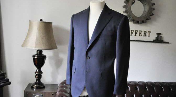お客様のスーツの紹介- DARROW DALE ネイビースーツ-