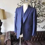 お客様のスーツの紹介-CANONICOネイビーダブルジレスリーピース-