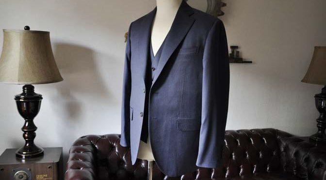 お客様のスーツの紹介- Biellesi ネイビースリーピース-