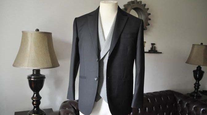 お客様のウエディング衣装の紹介-CANONICO ブラックスーツ 千鳥格子襟付きダブルベスト-