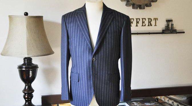 お客様のスーツの紹介-CANONICOネイビーストライプ フランネルスーツ-