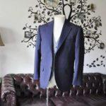 お客様のウエディング衣装の紹介- Biellesiネイビーヘリンボーンスーツ ライトブルー千鳥格子ベスト-