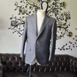 お客様のスーツの紹介-SCABAL GOLDEN RIBBONグレーストライプ-
