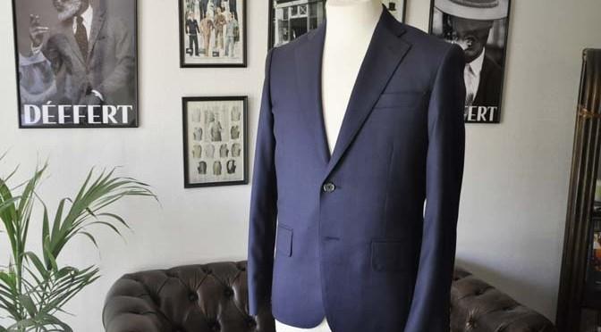 お客様のスーツの紹介- Biellesi ネイビーバーズアイ スーツ-