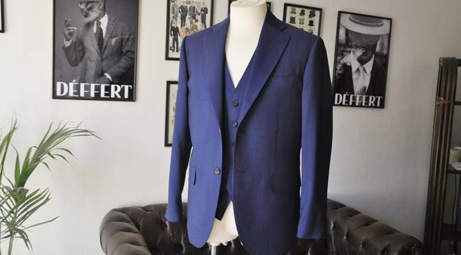 お客様のスーツの紹介- Biellesi ネイビーヘリンボーンスリーピース-