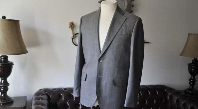 お客様のスーツの紹介- Biellesi 無地グレー スーツ-