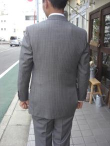 blog_import_520b43cfcd49c オーダースーツ-お客様のスーツご紹介~カノニコ~ストライプ