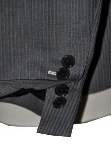 blog_import_520b45b09d8d0 オーダースーツ-裾の処理を変えた2パンツスーツ