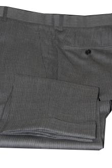 blog_import_520b45ba51808 オーダースーツ-裾の処理を変えた2パンツスーツ