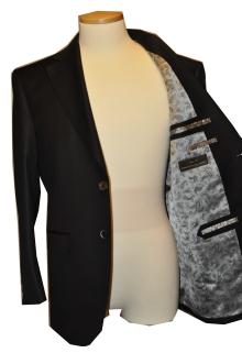 blog_import_520b46061ef0e オーダースーツ-CANONICOのブラックスーツ