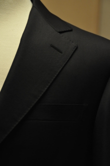 blog_import_520b460f848ff オーダースーツ-CANONICOのブラックスーツ