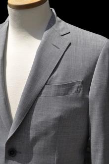 blog_import_520b49eb20127 オーダースーツ-CANONICOのライトグレーのスーツ