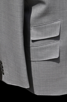 blog_import_520b49f2d7599 オーダースーツ-CANONICOのライトグレーのスーツ