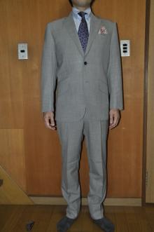 blog_import_520b4a040cbf9 オーダースーツ-CANONICOのライトグレーのスーツ