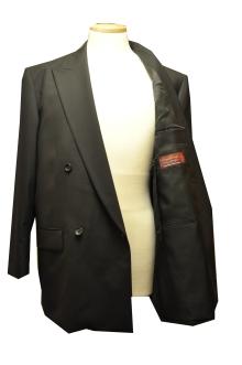 blog_import_520b4d91590d9 オーダースーツ-「Ermenegild Zegna」の[Cool Effect]礼服